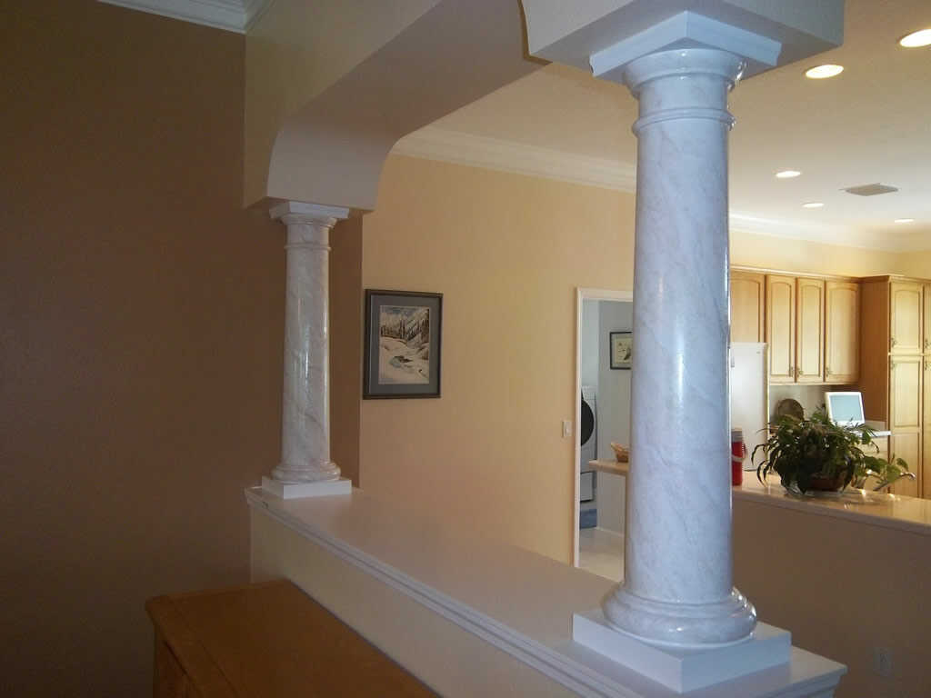 Painted marble imiation columns